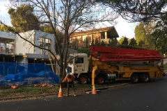 Concrete-Pump-Truck-arrives-early-for-set-up